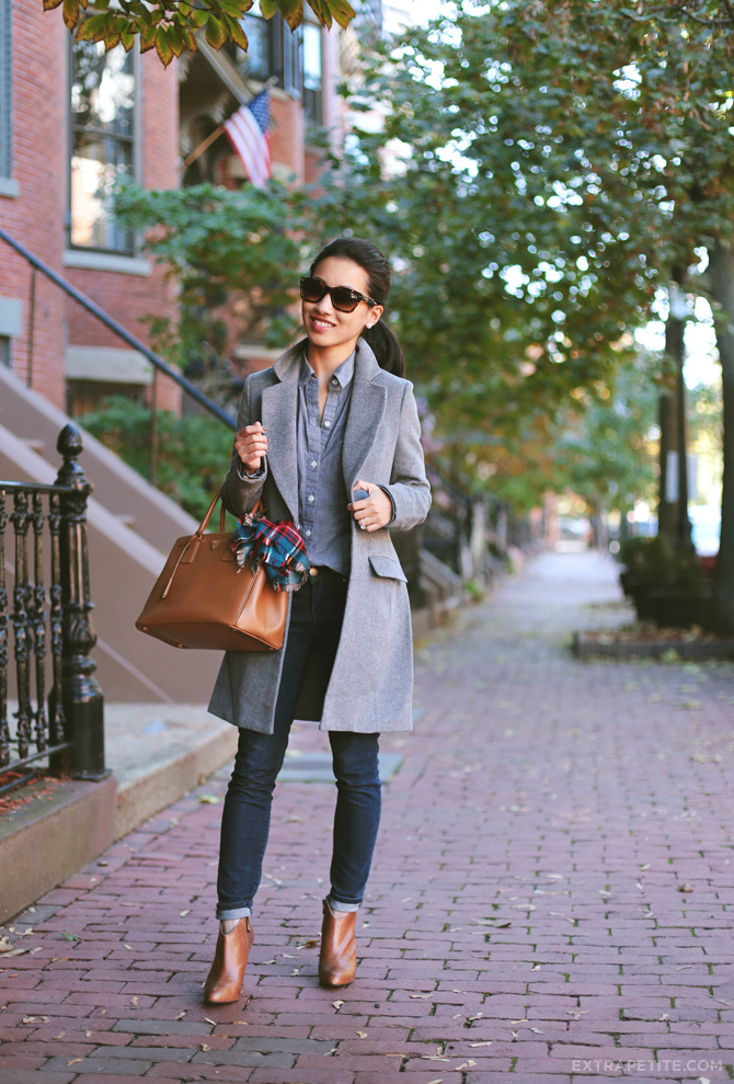 plaid scarf grey coat1