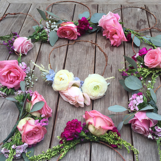 bridesmaids flower crowns1