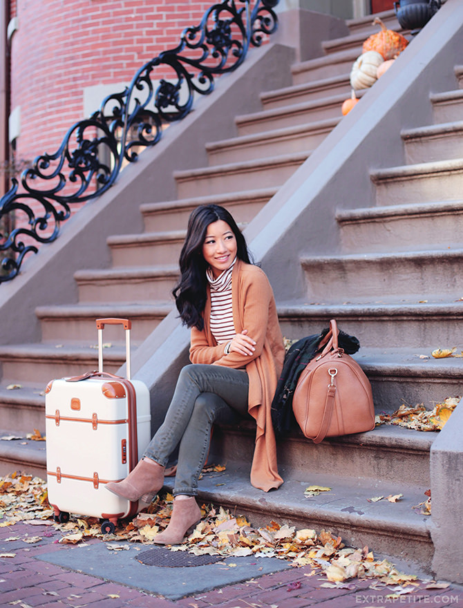 Fall airport travel outfit ankle boots cardigan 1