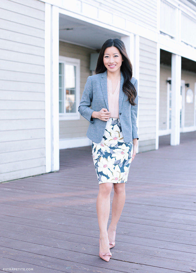 spring business outfit tweed blazer ann taylor pencil skirt