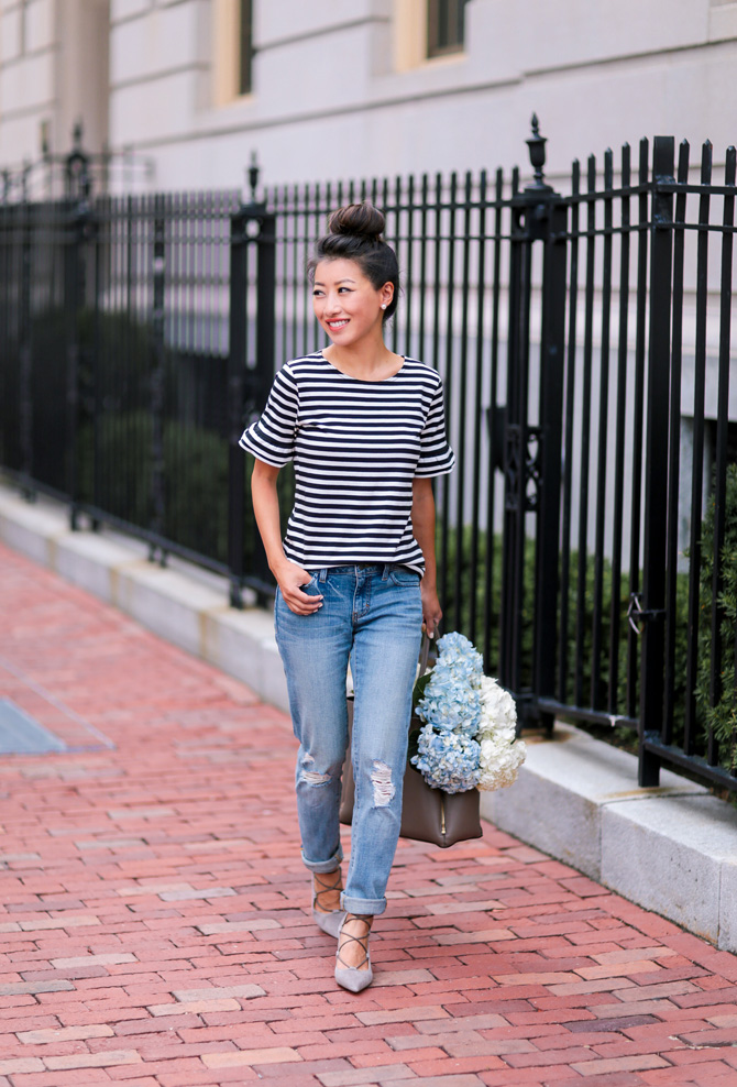 ruffle sleeve tee boyfriend jeans casual outfit