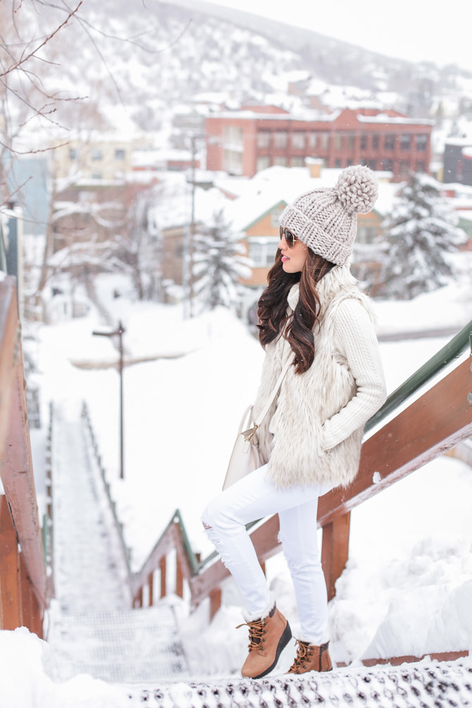 park city utah cute snow ski lodge outfit petite fashion