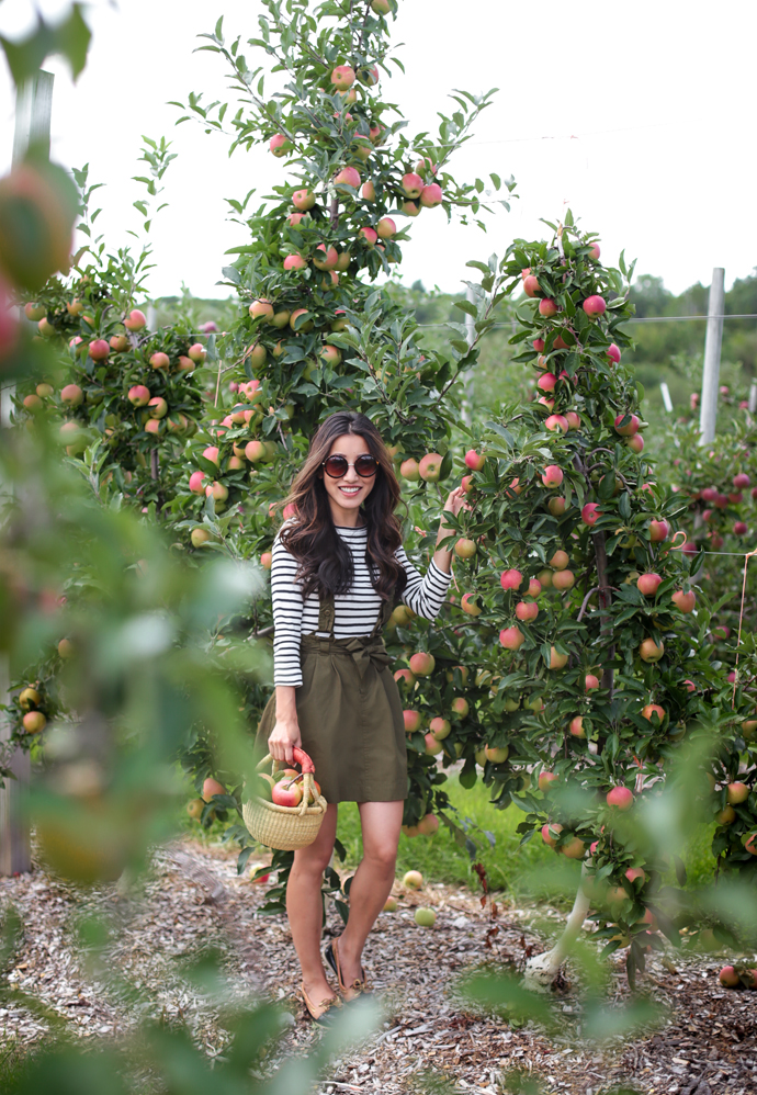 cute fall apple picking outfit extra petite fashion blog