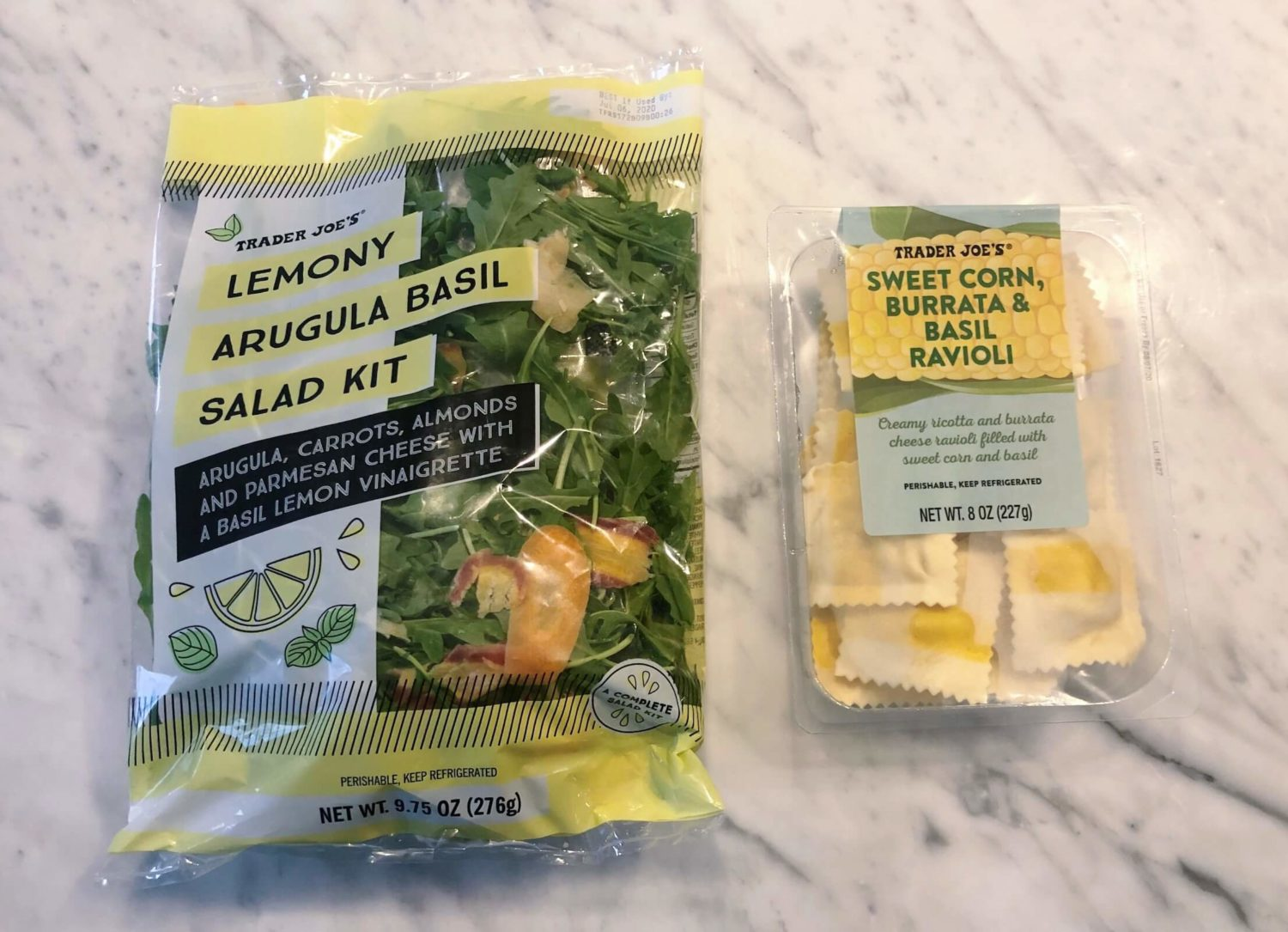 交易员乔's lemony arugula salad meal idea