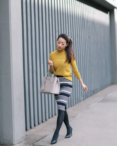 a2637f50 Retro Style: Mustard turtleneck + sweater pencil skirt