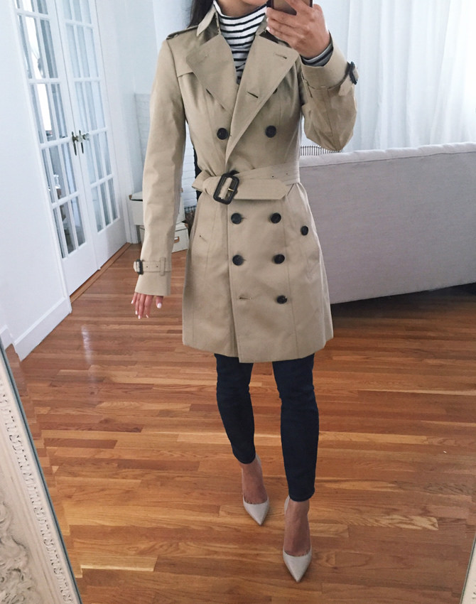 Burberry. Sandringham经典Khaki Trench Coat Petite Review