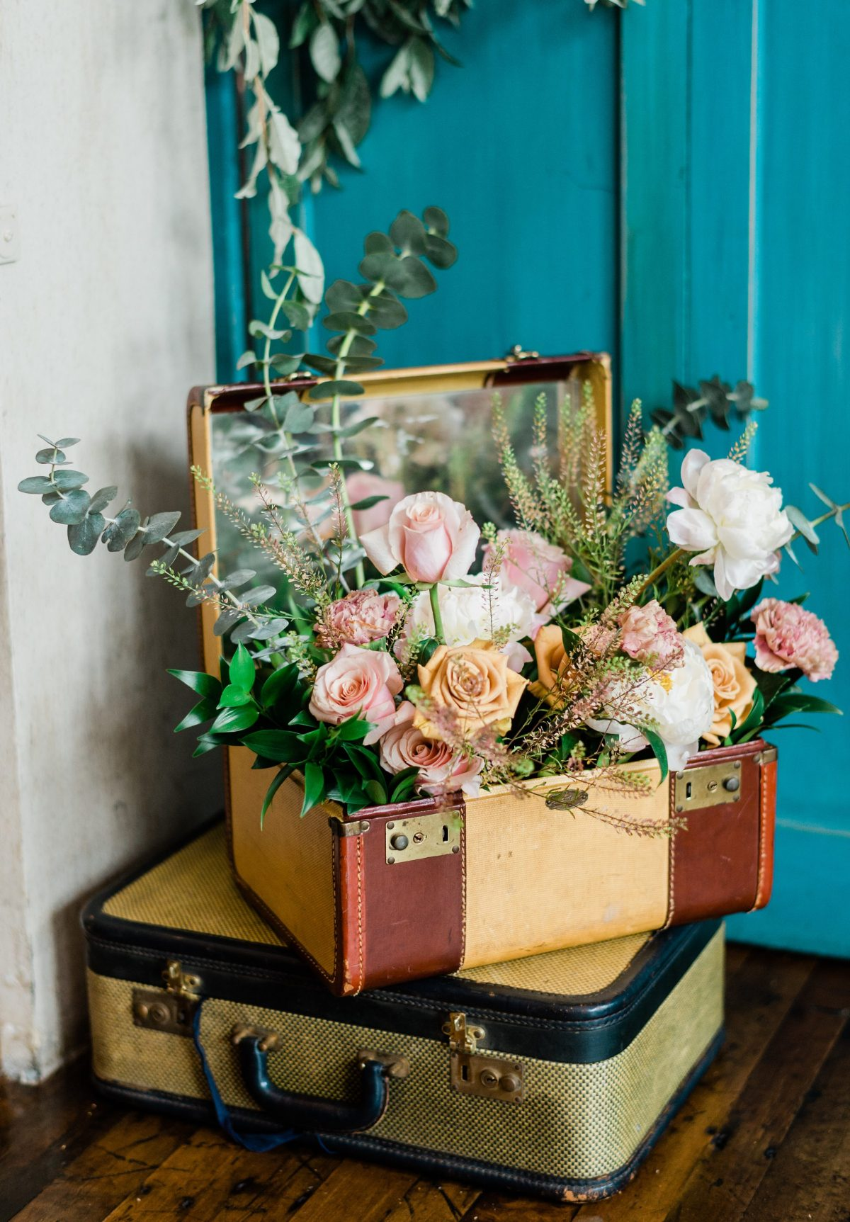vintage floral arrangement travel theme wedding shower