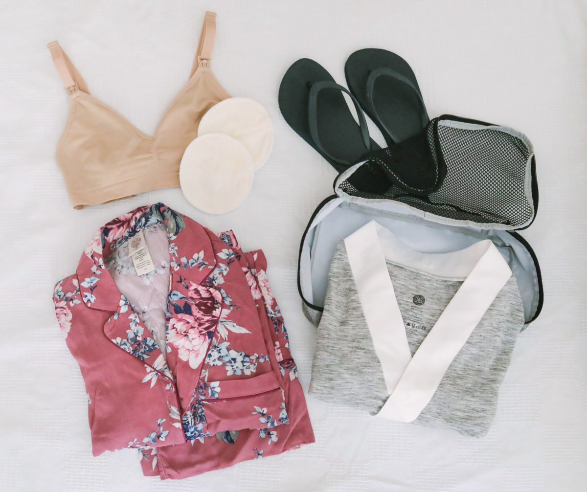 what to pack in your hospital bag baby labor delivery
