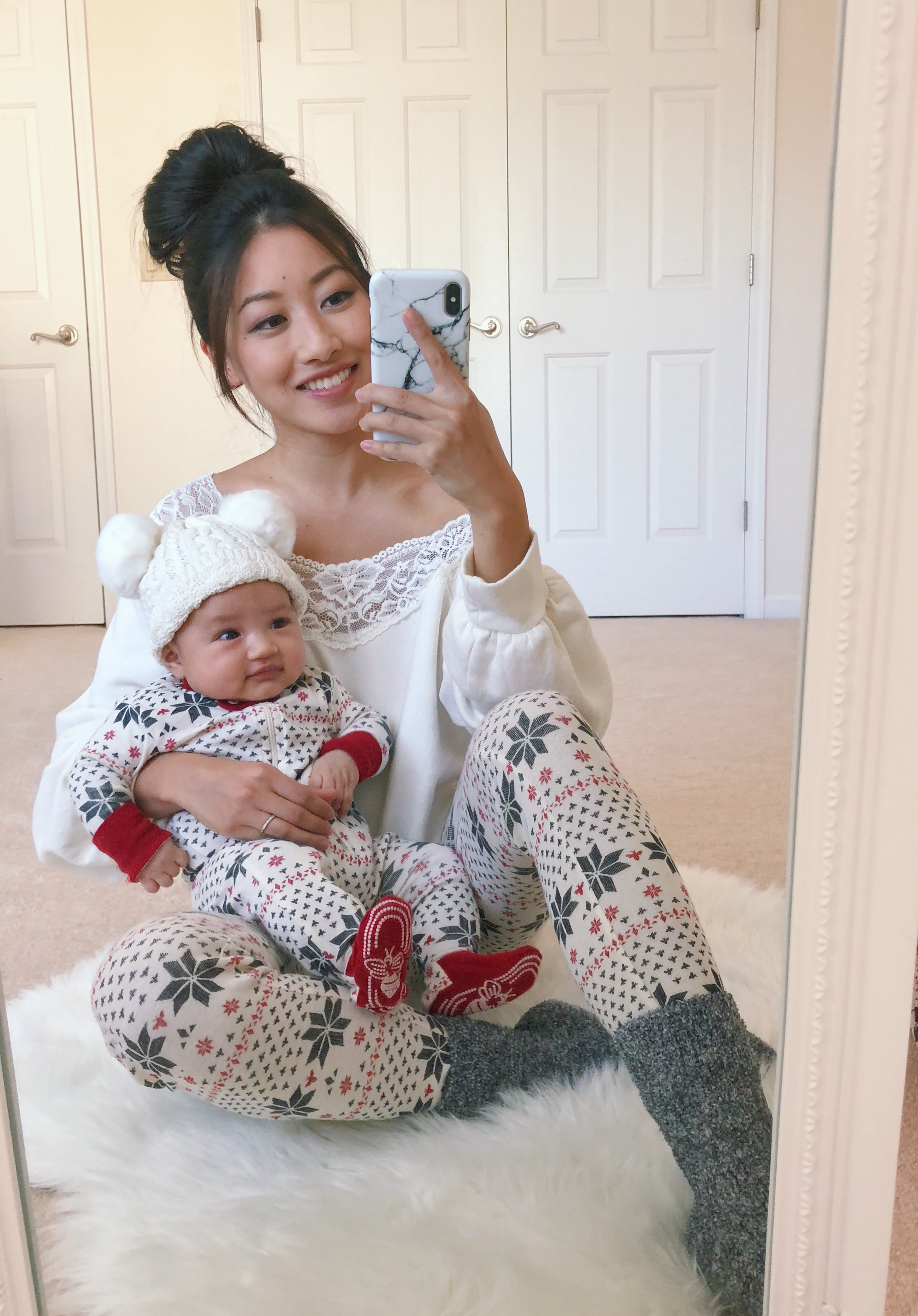 mommy and me baby holiday pajamas outfits