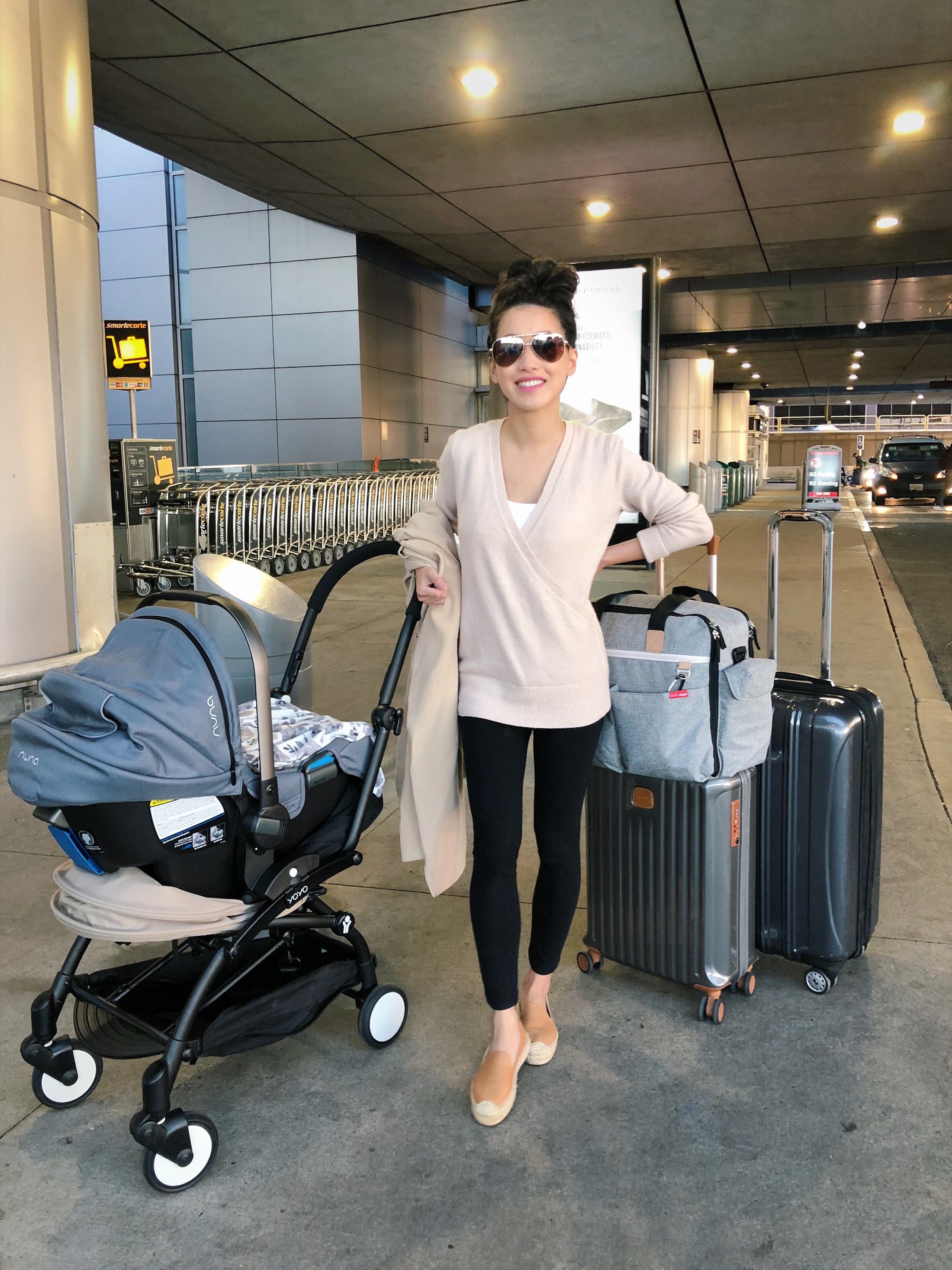 (nursing-friendly) Travel outfit + flying with a baby