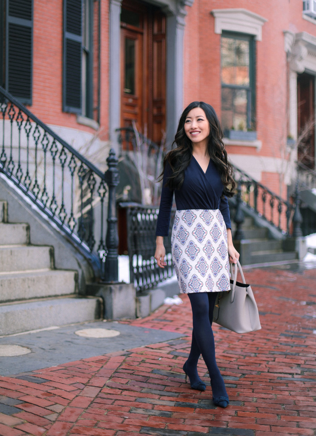 navy tights office winter outfit ideas