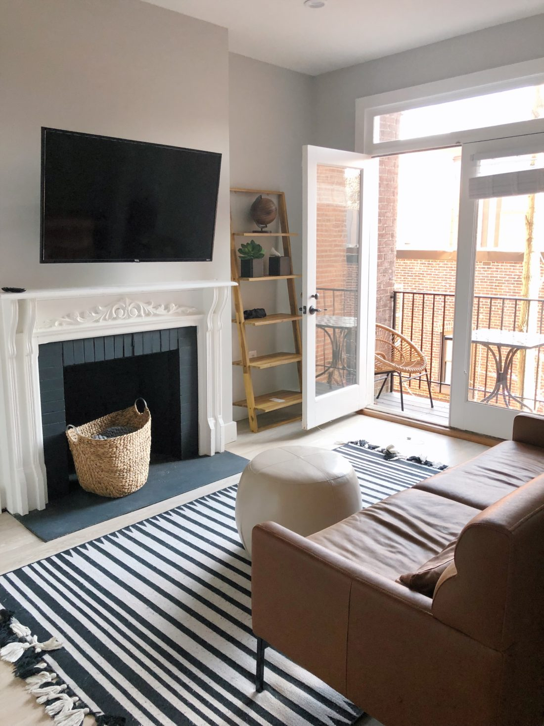 dupont circle washington dc airbnb apartment rental review