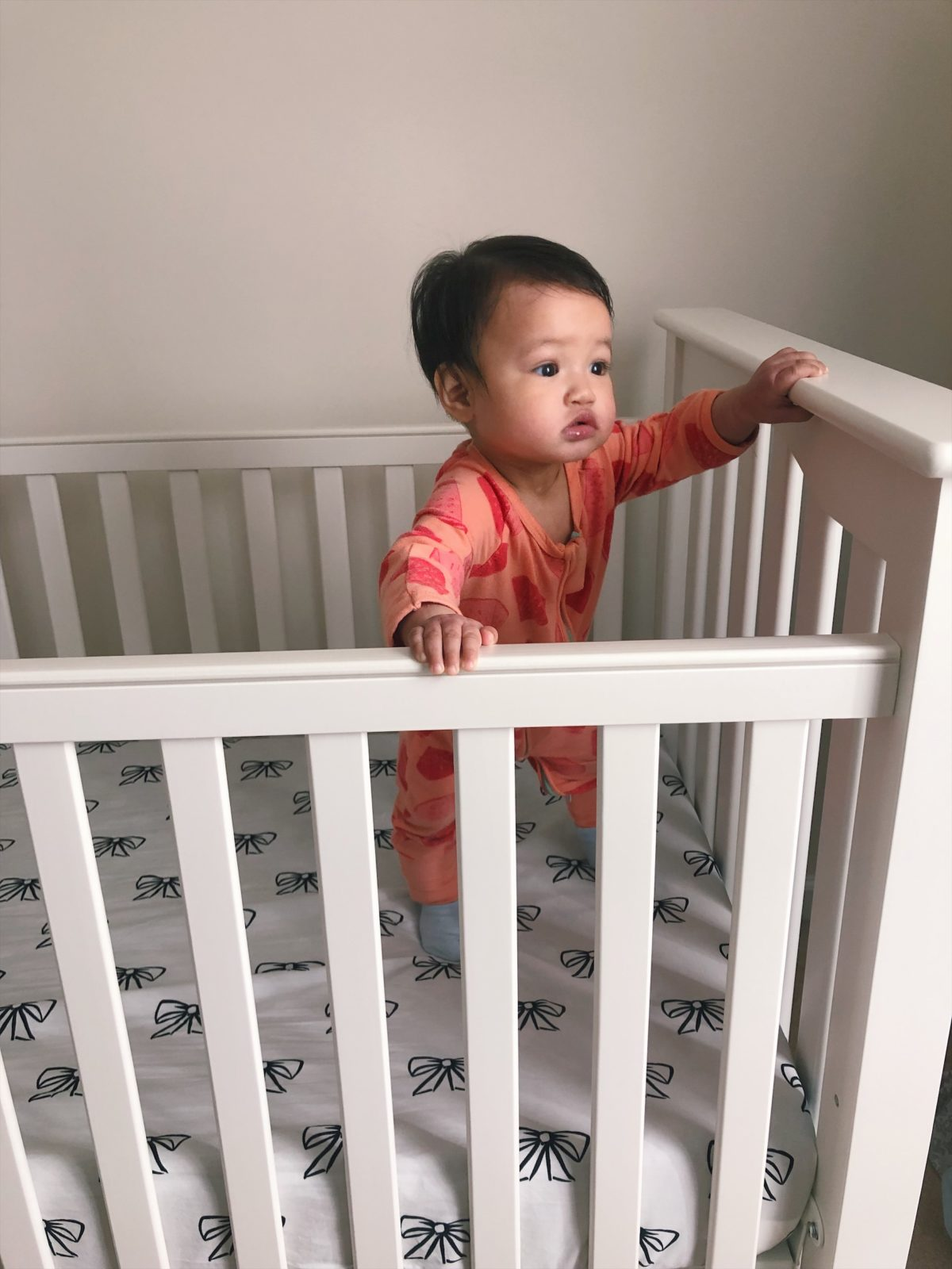pottery barn petite short crib