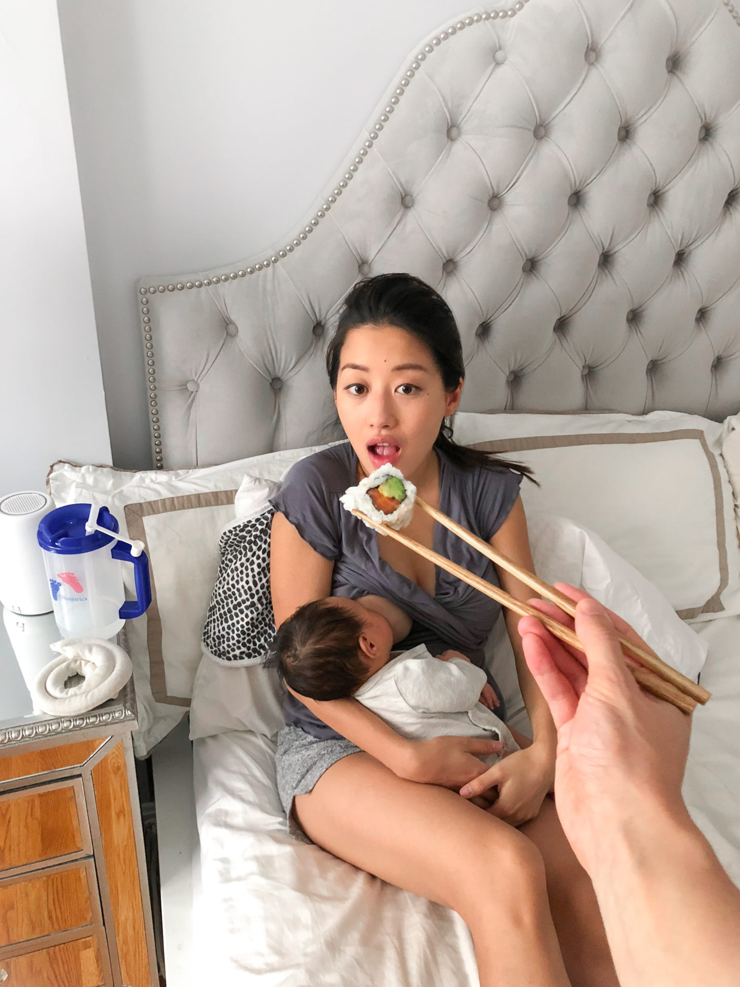 first time mom breastfeeding tips and useful products