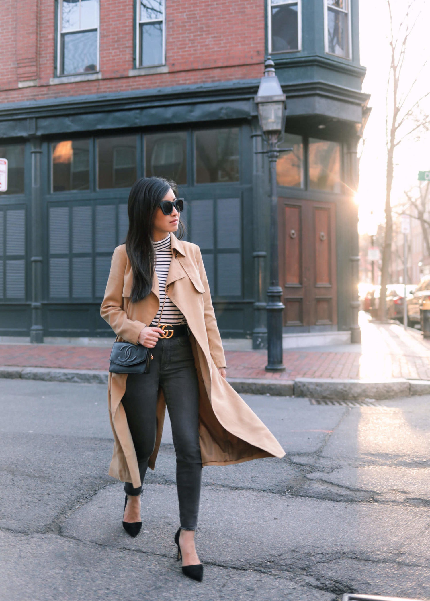 how to style a long trench coat