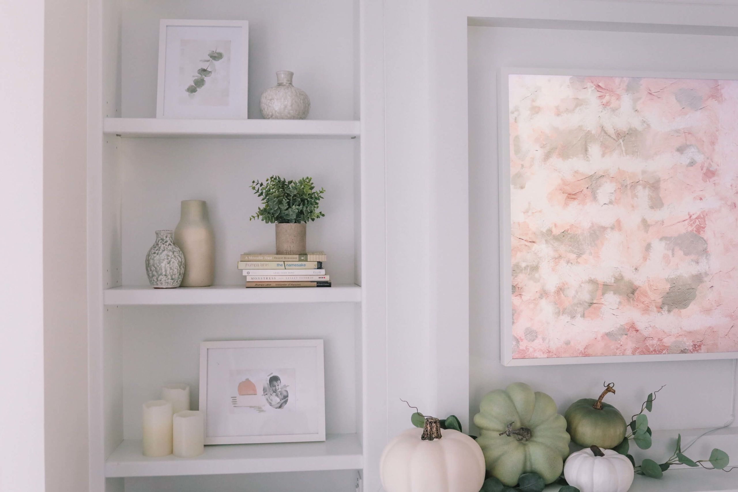 fall decor for built in shelves