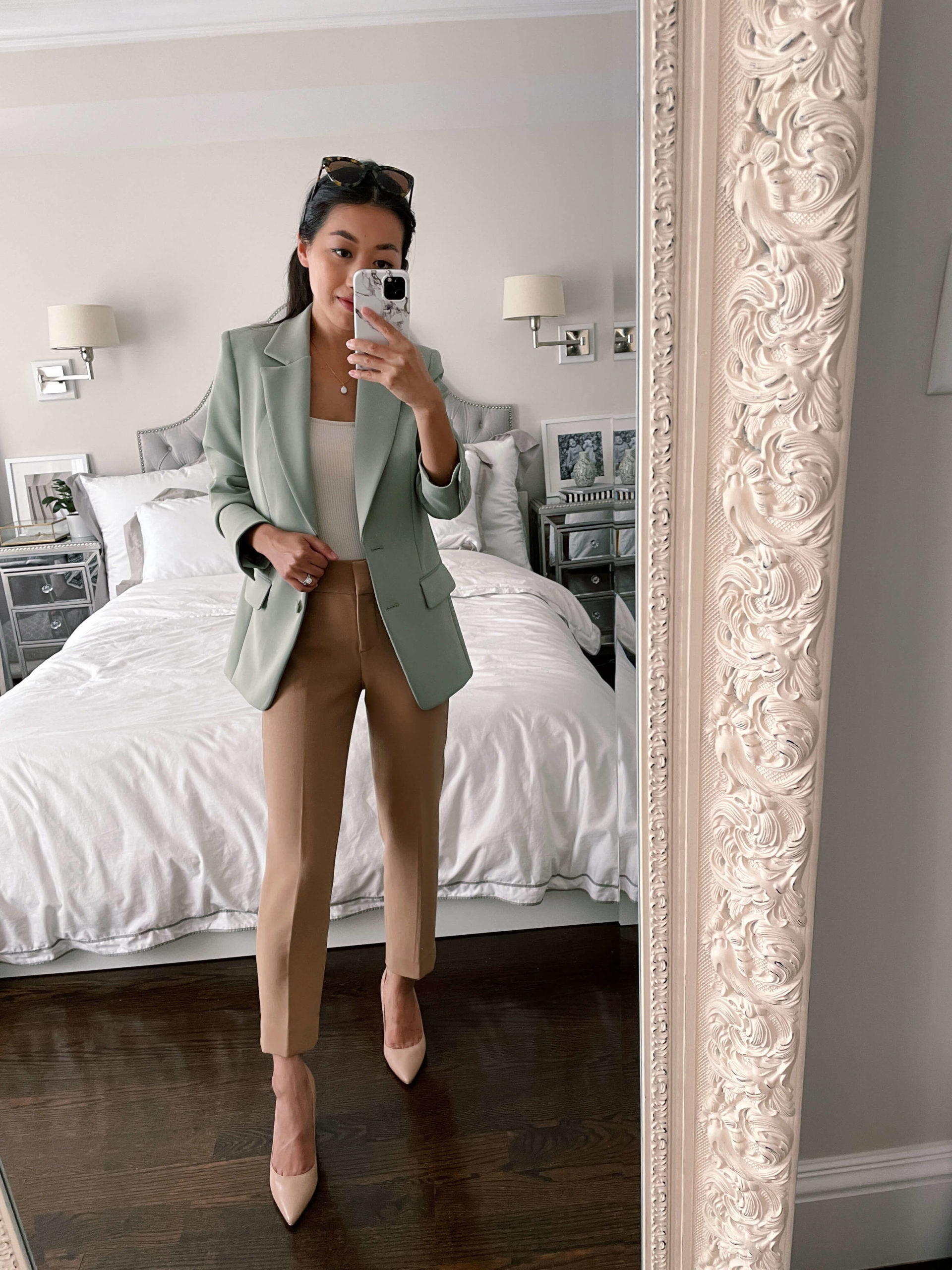 how to style a boyfriend blazer for the office